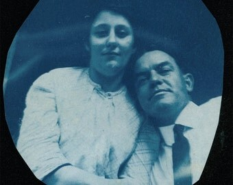 vintage photo 1908 in LOVE COuple Cyanotype