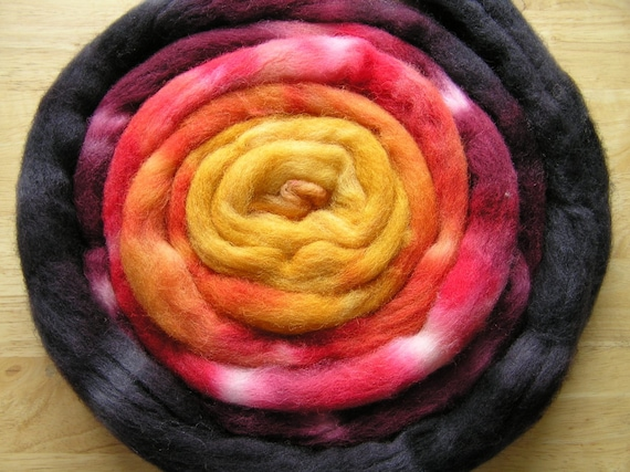 124g 4.3oz wool and nylon top roving, Red Sky At Night