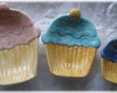 Cupcake Plates Ceramic set of 3 Soap dish spoon rest home decor