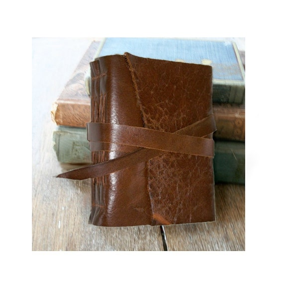 """Leather Journal . Victor Hugo quote """"Les Miserables"""" . handmade handbound . chestnut brown (280 pgs)"""