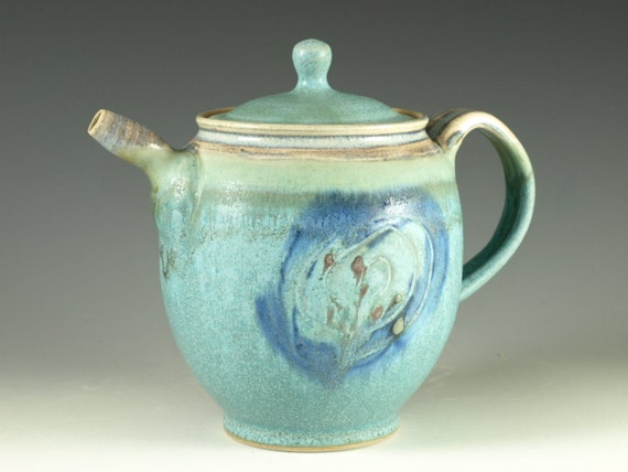 Pottery teapot in turquoise glaze 4 cups loose leaf