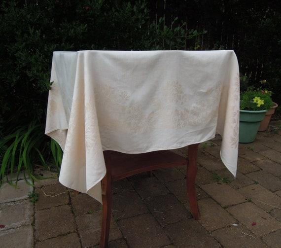 Vintage Blush Damask Tablecloth