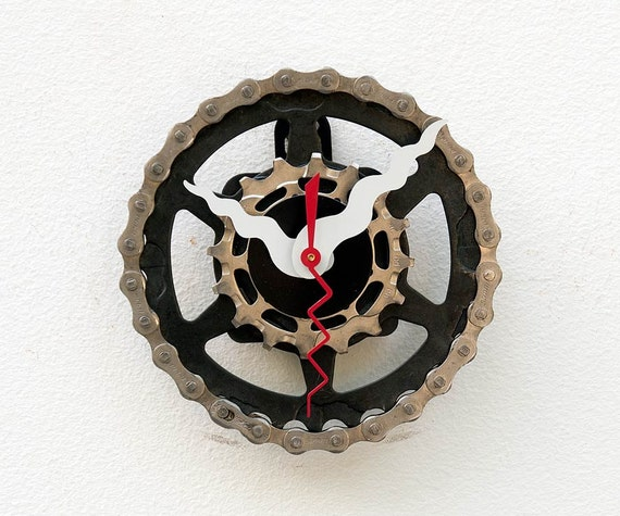 Recycled Shimano Bike cassette gear Clock