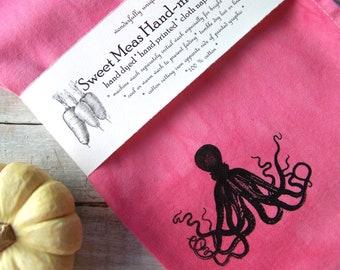 Pink Octopus // Beach House Cloth Napkins // Octopus Decor / Dinning Table Napkins / Cottage Decor // Coastal Table Decor