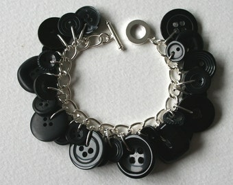 Button Bracelet Midnight Black