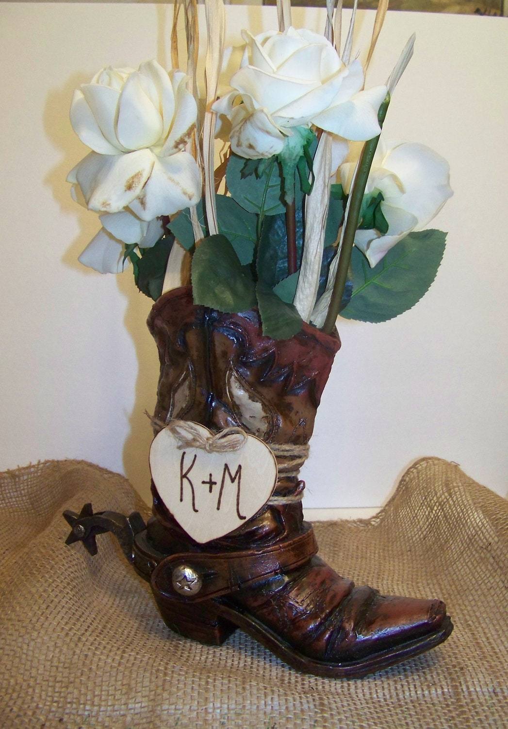 Rustic Wedding Centerpiece-Cowboy Boot Flower Vase with Wooden