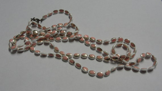 Oval Pink White Acrylic Beaded Necklace 48 inches