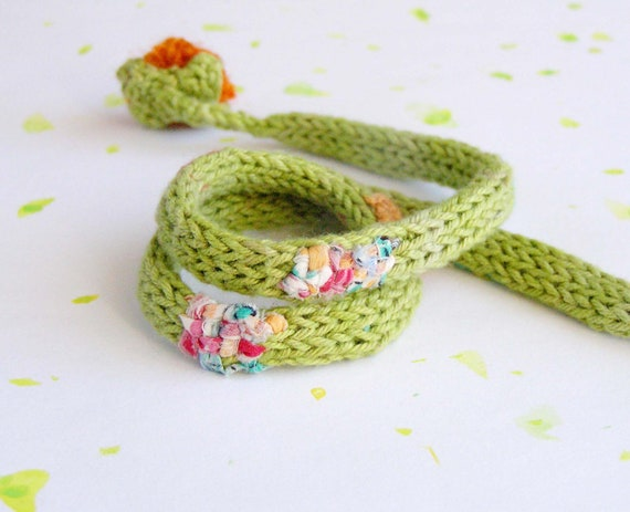 Textile Necklace -  fiber necklace with flower