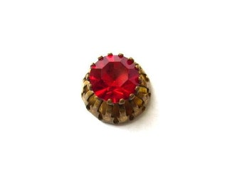 Antique vintage Swarovski cabochon red crystal cut 1100 mounted in brass setting