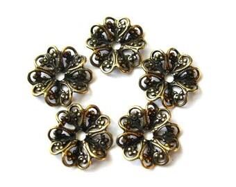 10 flower beads, metal. vintage, 17mm, RARE