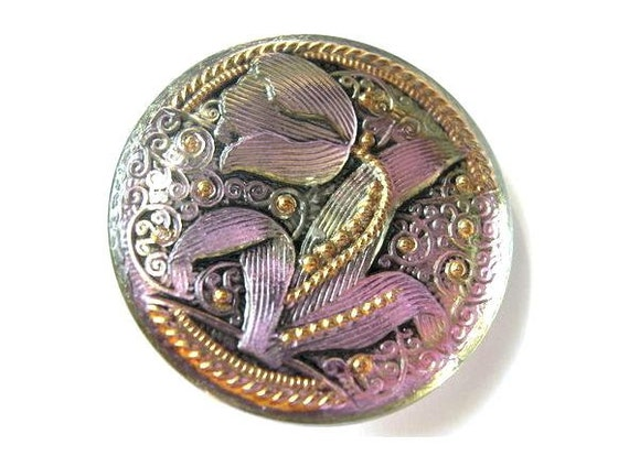 Czech glass button, jewel button etched Tulip light purple 33mm, handmade