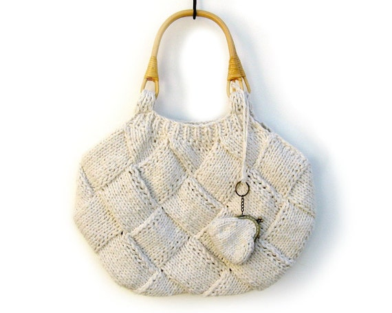White Tote Bag Knitted in Cotton with Rattan Handles