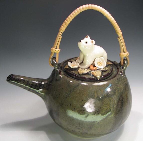 Pottery Teapot, Paddie Polar Bear
