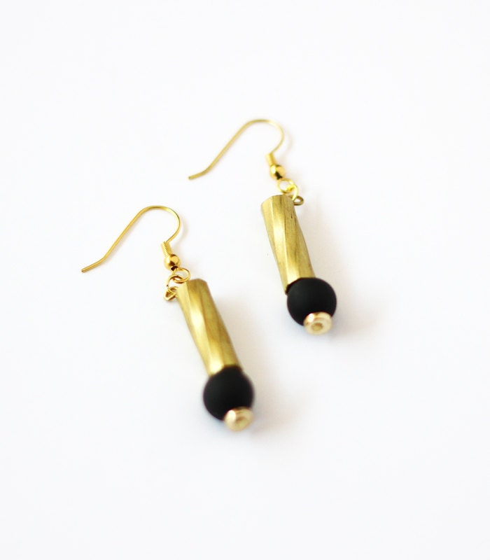 black and gold bead drop earrings by amerrymishap on etsy