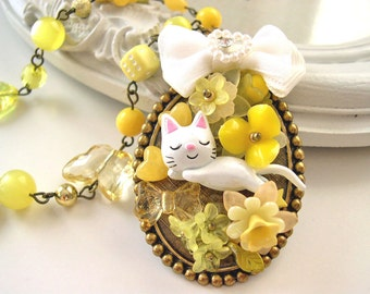 White Cat Necklace Kawaii Lolita yellow