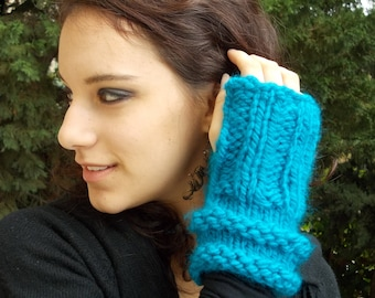 Turquoise Blue Fingerless Gloves Warm Mitts Mittens gloves hand knitted chunky bulky acrylic machine washable yarn ribbed women vegan knit