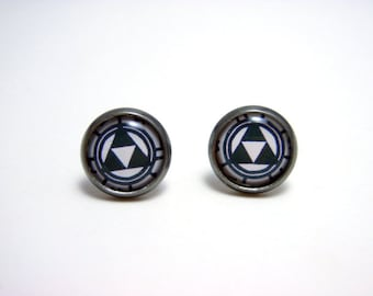 Triforce Studs - Legend of Zelda - Small black and white monotone Nintendo Triforce post earrings SMALL - Geek Chic Gamer