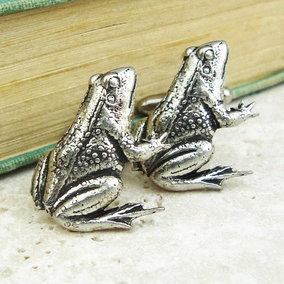Frogs Cufflinks. Antiqued Silver Pewter Frog Cufflinks