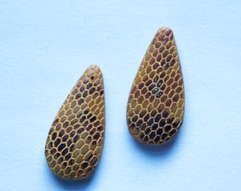 Vintage Snakeskin Textured Teardrop Glass Pendant Lighter Brown pnd037C