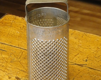 Round Grater Tin Vintage Marked All Round Grater Patented LOOSE HANDLE