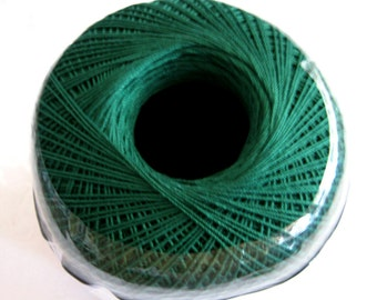 Aunt Lydias Classic Crochet Cotton Thread, FOREST GREEN, size 10, dark green