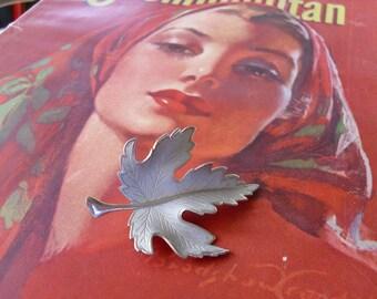 Vintage Maple Leaf Pin Brooch