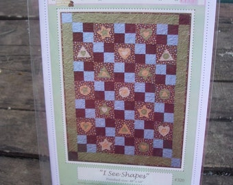 """PDF Pattern Quilt Pattern """"I See Shapes"""" fun and easy to make"""
