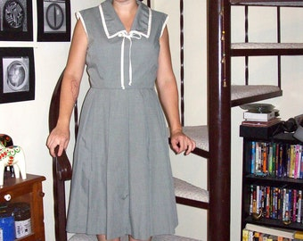 Vintage sage green sailor dress - large