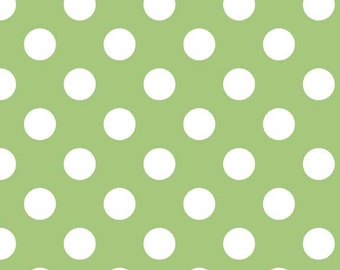 Riley Blake Designs, Medium Dots in Green (C360 30)