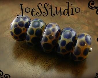 Blue and purple glass bead set