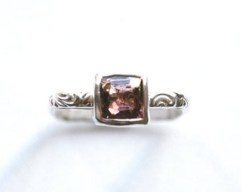 Cushion Spinel Ring in Square Bezel Setting Size 6