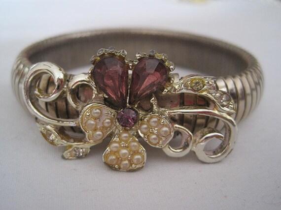 Vintage Stretch Bracelet - Rhinestone Pansy