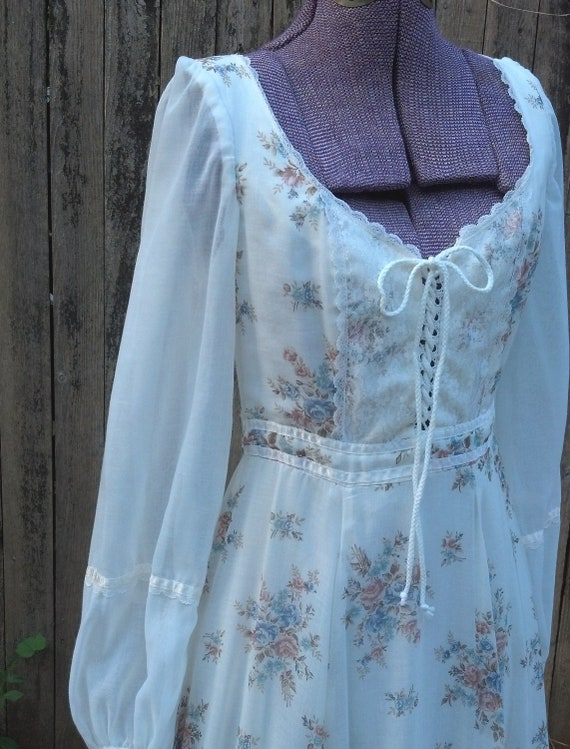 Nashville Cats, Play Clean as Country Water Vtg 70s Gunne Sax Corset Front Maxi Gown sz xs/s
