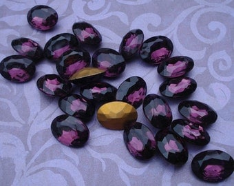 Vintage Czech 18x13mm Amethyst Purple Gold Foiled Pointed Back Oval Glass Jewels (2 pieces)