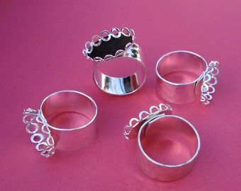 Silver Adjustable Ring 10mm Hammered Band with 18x13mm HORIZONTAL Oval Lace Edge Setting for Flat Back Cab (1 piece)