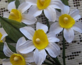 Fabric Millinery Flowers From Austria 6 White Daffodils Flowers A-15