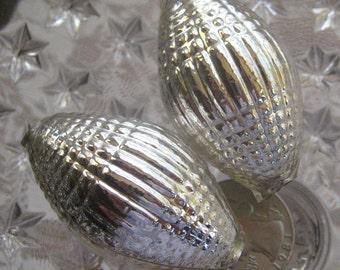 2  Glass Garland Beads Jumbo Christmas Garland Beads Czech Republic  070S