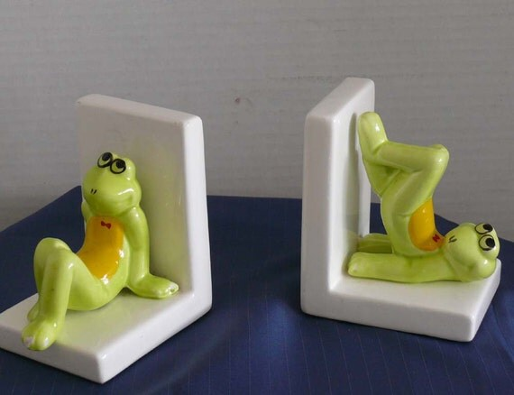 Book Ends - Ceramic Frogs - Knick Knack - Fantasy Frogs