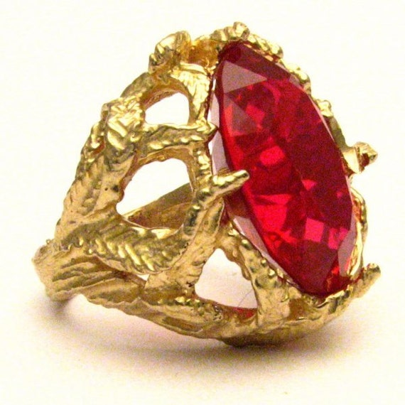 Handmade 14kt Gold Man Made Ruby Claw Gemstone Ring