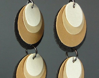 Paper Earrings in Suede-like Paper by beccasblend