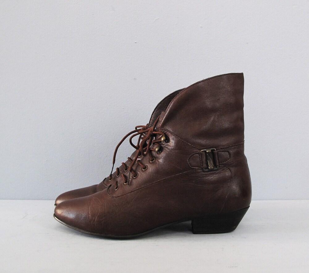 vintage brown lace up ankle boots 7 5 by secretlake