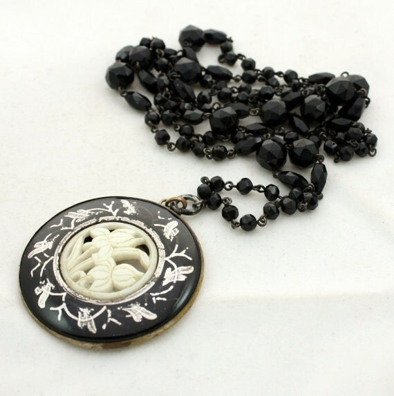 Victorian Necklace French Jet Wired Necklace with Black Enamel Medallion Pendant, Mourning Jewelry, Antique Necklace