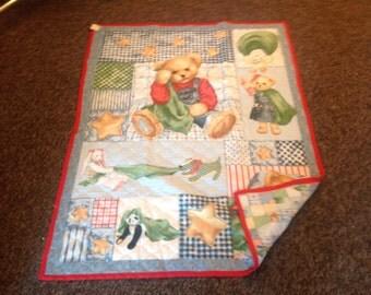 Reversible teddy bear quilt