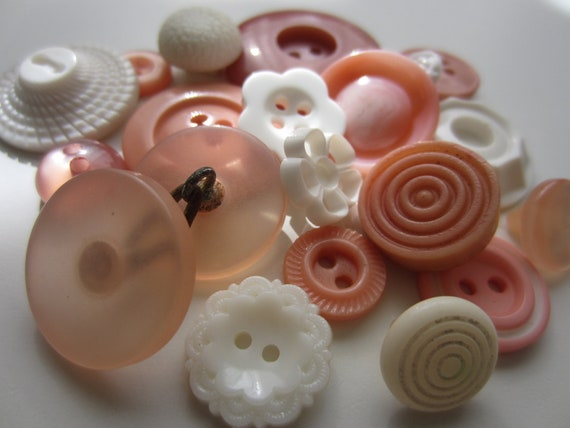 Vintage Buttons - Cottage chic mix of  fancy peachy pinks and white, old and sweet - 20 total (3178)