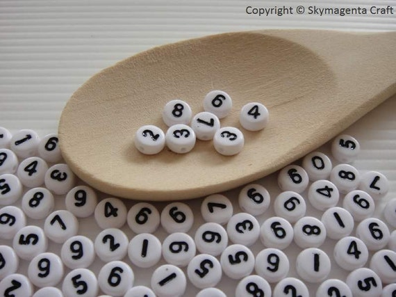 100 pieces Round Number Beads, White Color, 7 mm (00654)