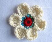 SALE! Crochet Flower Pin- Ultimate Daisy Pin- Ivory Red Blue Green- Crochet Jewelry