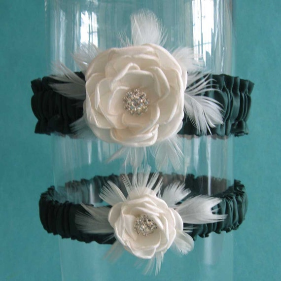 Dark Green and Ivory Feather Rose Wedding Garter Set J053 - bridal garter accessory