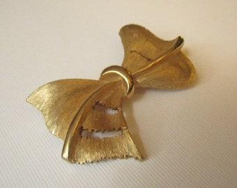 Vintage Brushed Goldtone Bow Brooch by J.J.