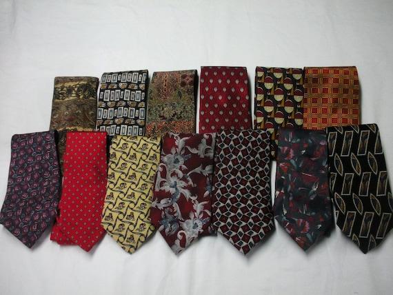 Huge lot 13 mens silk neck ties neckties - Bill Blass, Pierre Cardin, Joseph Bank, Bert Pulitzer  and more