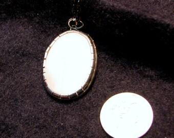 Rose quartz necklace set in sterling silver